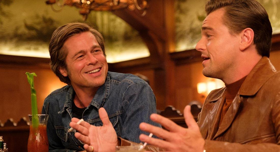 Brad Pitt y Leonardo DiCaprio en Había una vez...en Hollywood (2019). (Fuente: Cine Premiere)